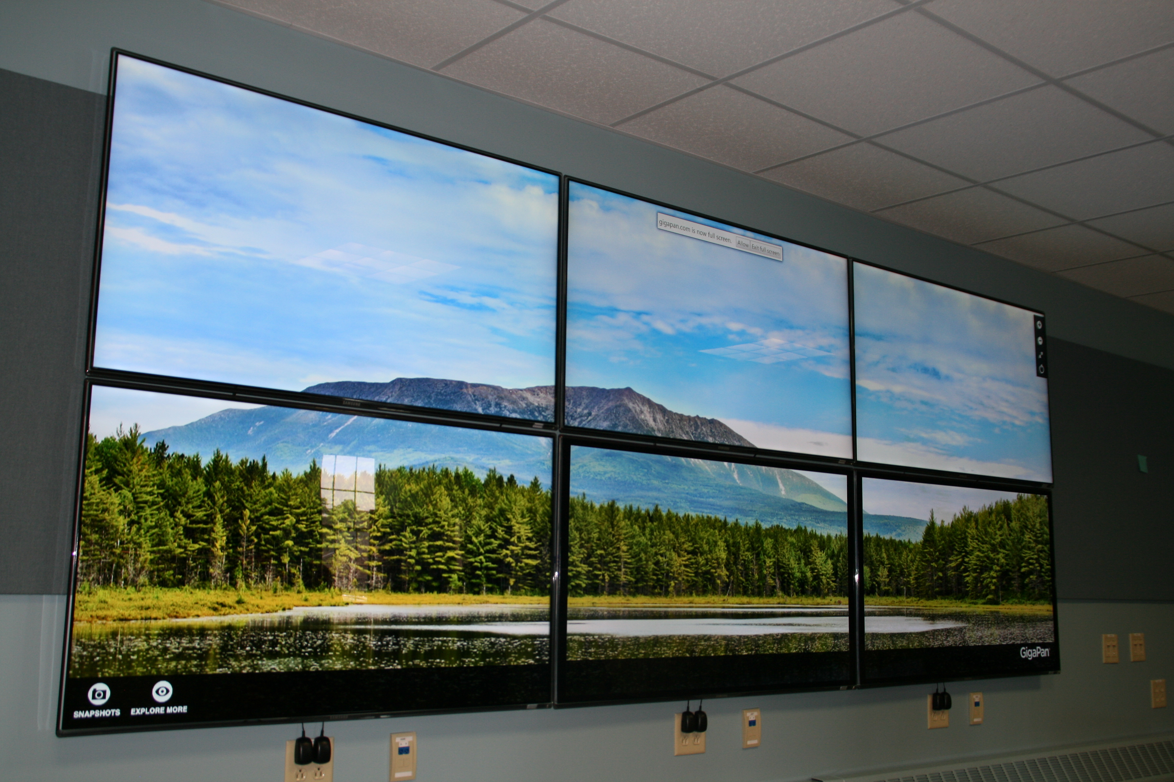 Visualization Wall » Advanced Computing Group at the University of ...